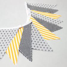 fanion chambre bébé bunting fabric flags garland black yellow nursery