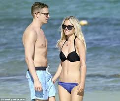 jason kennedy and lauren scruggs start life as husband and wife