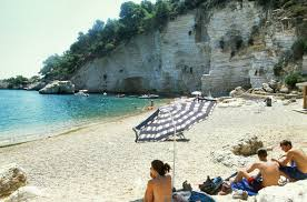 torre greco porto spiaggia di porto greco vieste le spiagge gargano