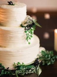 wedding cake greenery wedding cake with greenery elizabeth designs the wedding