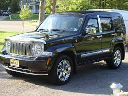 lebron james jeep traded the explorer in on a black u002708 jeep liberty and said good