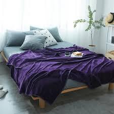 jeter un canapé saphir violet plaine coloré français velours chaud couvertures
