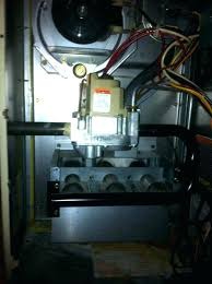 pilot light is lit but furnace won t kick on gas water heater pilot light wont stay lit floor furnace pilot light