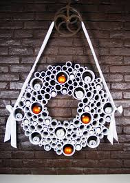 pvc pipe wreath can switch out with silk flowers and stuff for the