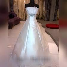 rent a wedding gown rent wedding gown by lan lan makeup hair stylist bridestory