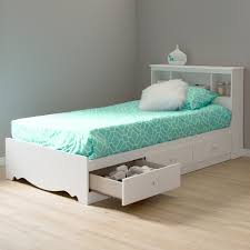 Simple Wooden Beds Simple Home Bedroom Design Ideas With White Wooden Bed Frames And