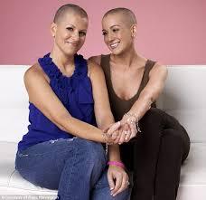 kellie pickler short haircut kellie pickler shaves head in solidarity as her best friend summer