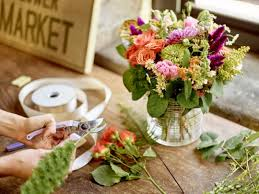 how to make flower arrangements flowers last longer crate and barrel