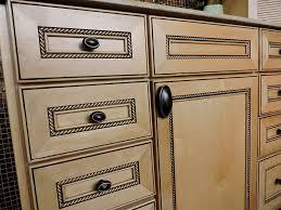 kitchen cabinet hardware ideas photos kitchen cabinet hardware ideas pulls or knobs home design ideas