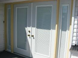 windows with blinds inside cube shaped bracket installed into