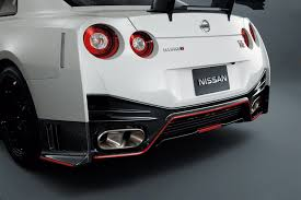 Nissan Gtr Back - nissan gt r nismo supercar pictures and details video autotribute