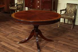 Round Dining Table With Leaf Round Mahogany Dining Table - Mahogany dining room sets