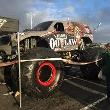 monster truck jam oakland sandys2cents monster jam oakland ca o co coliseum 2 18 17 review