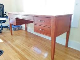 Building A Gaming Desk by Tables Shaker Style Desk With Tapered Computer Alluring How To