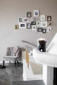 Modern Wandfarben Im Wohnzimmer Wandfarbe Grau Wohnzimmer Modern Gestalten Spiegel Und Ein