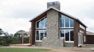 The Barn New Zealand Grand Designs Resurrects Two 18th Century American Barns Stuff Co Nz