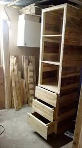 Wood Pallet Furniture Diy Pallet Corner Closet Or Cupboard