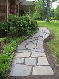 Backyard Walkway Ideas by Best 25 Front Yard Walkway Ideas On Pinterest Front Sidewalk