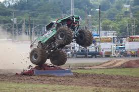 what happened to bigfoot monster truck the snake slithers to victory in closing the bloomsburg jamboree