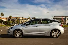 opel cars 2016 opel astra 1 0t essentia 2016 review cars co za