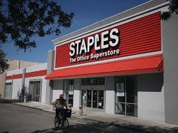staples will stores on thanksgiving