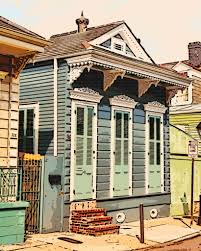 shotgun house digital comic drawing of a french quarter shotgun house in new