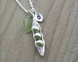 3 peas in a pod jewelry pea pod necklace etsy