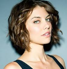 medium short wavy hairstyles coarse wavy hair styles short hair