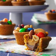 unique thanksgiving desserts trail mix cookie cups recipe taste of home