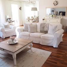 Wohnzimmer Gelb Blau Couch Landhausstil Wohnzimmermöbel Möbelideen Ideen Wohnzimmer