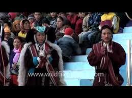 ladakh clothing ladakhi in traditional clothing