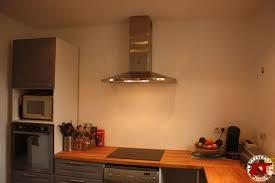 une hotte cuisine tuto brico la pose d une hotte aspirante de a z installation cuisine