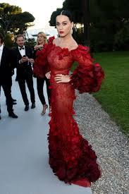 Designing Women Aids Katy Perry On Fashion Politics Rihanna And Mastering Twitter U2013 Wwd