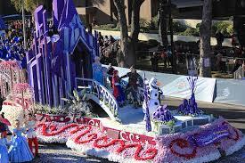 disneyland s float highlights the 2016 parade