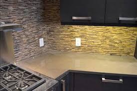 steinwand küche abeitsplatte küche stein schöne gebrauchte möbel mit dekorative