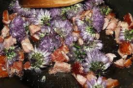 fleurs de ciboulette en cuisine recette d omelette aux fleurs de ciboulette