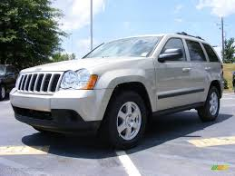 jeep laredo 2009 2009 light graystone pearl jeep grand cherokee laredo 13234121