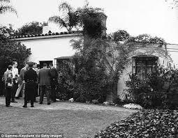 Monroe S House Marilyn Monroe U0027s La Home Goes On Market For 6 9 Million Daily