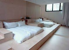 platform bedroom ideas best 20 platform bedroom ideas on pinterest diy platform bed 51