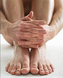male toe rings images Talk to the hand fingers and toes offer disease clues health jpg