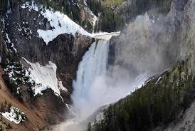 yellowstone national park worker 21 falls to ny