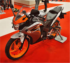 honda cbr 125r jc40 manual owners guide books motorcycles