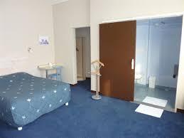 hotel pas cher avec dans la chambre chambre pmr hotels 2 etoiles oleron chambres hôtels 2 étoiles à