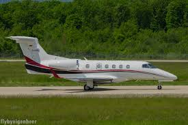 file d cbbs embraer emp phenom 300 e55p german privat jet
