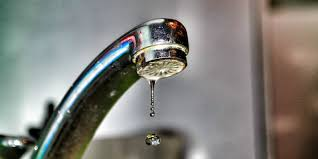 Kitchen Sink Leaking Underneath by How To Fix A Leaky Faucet In 5 Easy Steps How To Fix Your