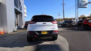 jeep cherokee trailhawk white 2016 jeep cherokee trailhawk bright white clearcoat gw175071