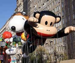 the macy s thanksgiving day parade family traditions