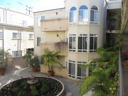 courtyard homes the courtyard in homes rentals los angeles ca apartments com