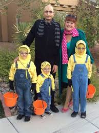 Minion Costumes Halloween 19 Cutest Family Theme Costumes Halloween Today