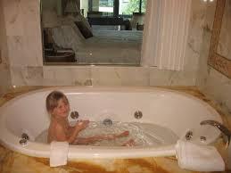 Bathroom Vanities Gold Coast by Do Kids Belong At Palazzo Versace